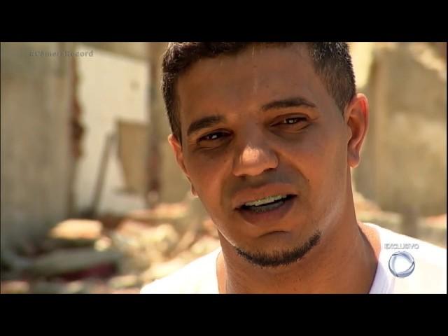Gesseiro sobrevive após pedra gigante cair e destruir sua casa