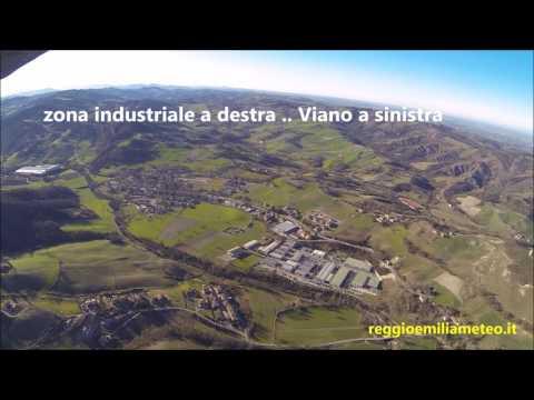 In volo sulla valle del Tresinaro, tra  Baiso, Viano e Scandiano