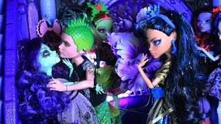 Monster High : Gloom and Bloom : Stop Motion Webisode