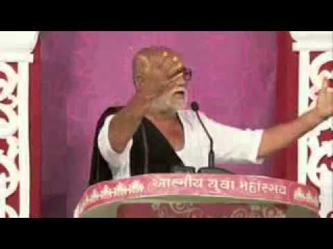 Morari bapu in Atmiya Yuva Mahotsav 2015