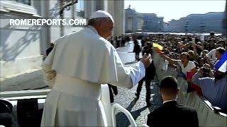 Đức Giáo Hoàng giải thích về Tuần Thánh: Phục vụ người khác nghĩa là mang lại niềm hy vọng