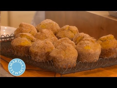Fall Pumpkin Doughnut Muffins | Thanksgiving Recipes |Martha Stewart