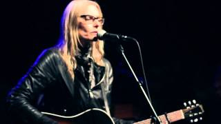 "Rolling Stone Session: Aimee Mann - ""Labrador"""