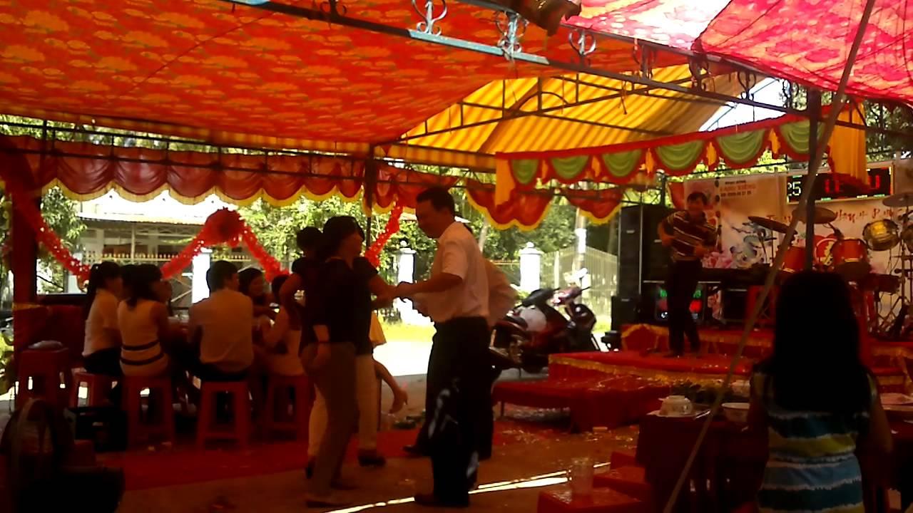 Dance nhảy múa quay cuồng trong đám cưới ở Tân Biên-Tây Ninh