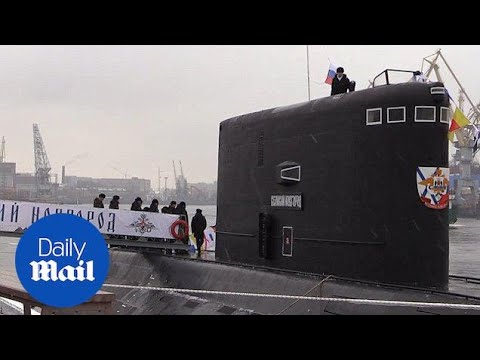 Russia's super-stealth submarine unveiled in St. Petersburg - Daily Mail
