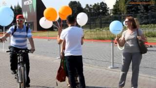 Раздача брендированных шариков на промо-акции.www.promocreative.ru(, 2014-06-16T18:40:03.000Z)