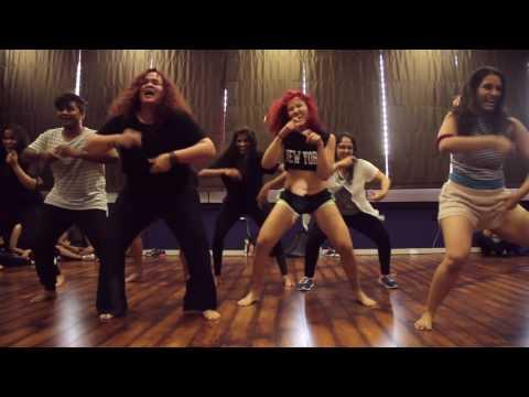 Femme Fatale India| Chikni chameli |Karishma Chavan Choreography