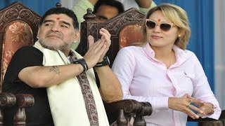Find out how Diego Maradona was greeted at his statue unveiling at Kolkata |Maradona