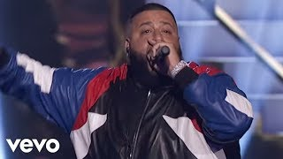 DJ Khaled - Do You Mind (Live at the AMA's)