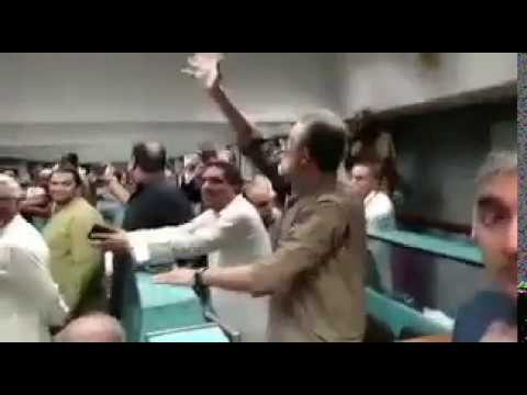 Pakistan Stock Exchange celebrating After Nawaz Sharif Disqualification in Panama Leaks Case