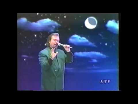 Adiss Harmandian - Payla Chigar Im Srdoum [1995 Video]