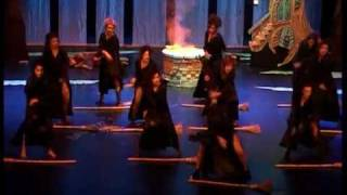 VIII Festival Fallero baile caza de brujas.mp4