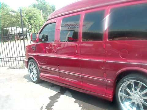 Chevy Express Van On 24 Inch Villanos
