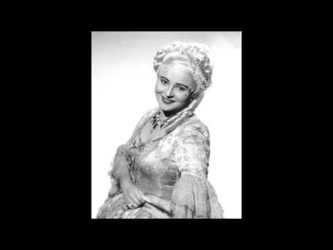 Victoria de los Ángeles reveals an Assoluta Range with Blasting D6s in Manon's Gavotte