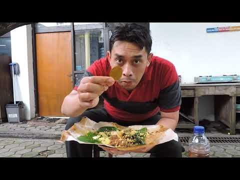 Indonesia Brebes Street Food : Nasi Padang Rendang@Rp.14.000,-,Rasa Nendang//666//Seri I