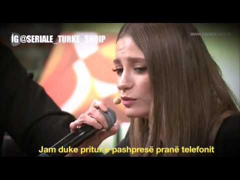 Serenay Sarıkaya - Bir telefon (Një telefon)