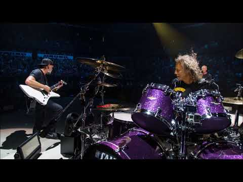 Metallica: Lars on Guitar with Kirk on Drums - Am I Evil? Jam (Madison, WI - 9/02/18) [Audio Only]