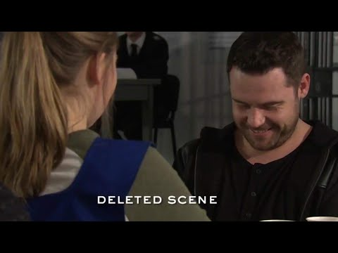 Roblivion DELETED SCENE! Aaron & Liv discuss her drinking problem…