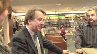 Tonhalle Düsseldorf - Pianist Rudolf Buchbinder im Antiquariat des Stern-Verlags am 08.12.2011