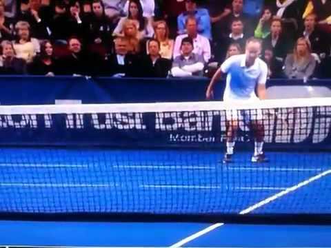Dead spot on tennis court