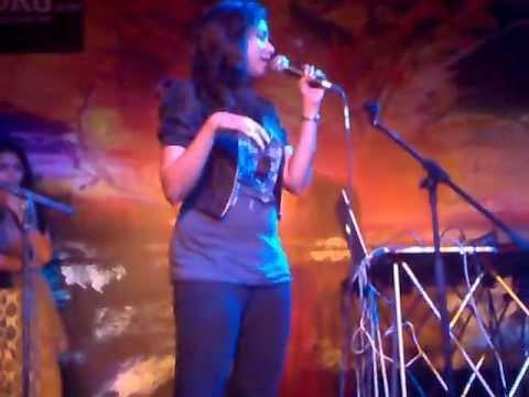 Aaj jaane ki zidd na karo (Shreya Ghoshal feat. Shankar Tucker)