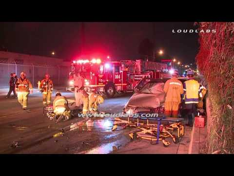 Head-On Crash Both Drivers Trapped / Huntington Park   RAW FOOTAGE