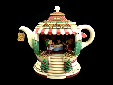 ANIMATED CHRISTMAS MUSIC BOX / MICE IN TEAPOT