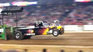 Tractor Pulling at National Farm Machinery Show 2009