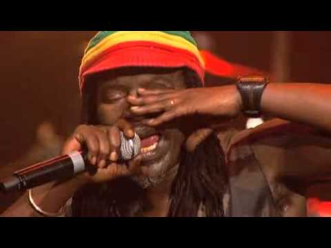 alpha blondy live au zenith