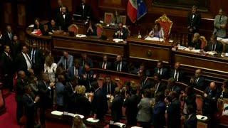 Премьер-министр Италии Джузеппе Конте объявил работу правительства завершенной.