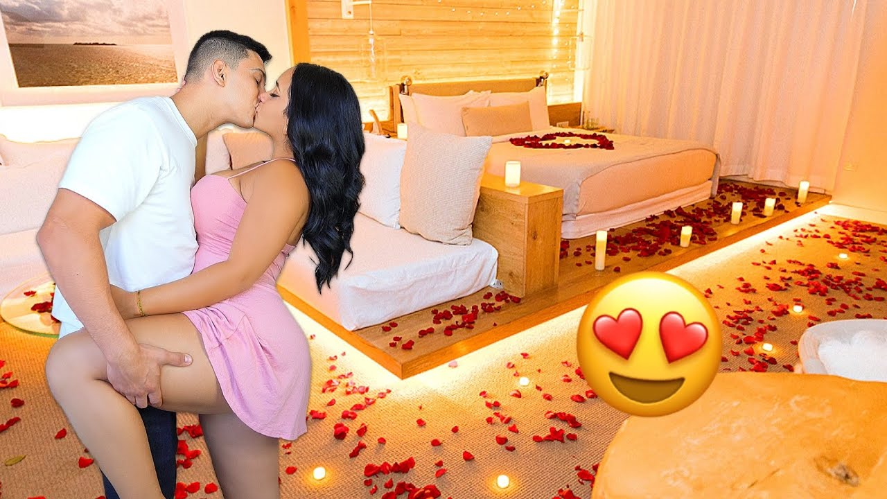 Surprising My Girlfriend With A Romantic Date *She Cried*