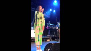 Solange Knowles performs a cover of 'The Dirty Projectors - Stillness is The Move' in Sydney