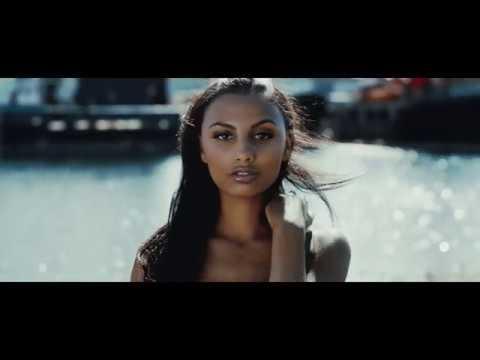 Смотреть клип Sid Bhullar - Chains