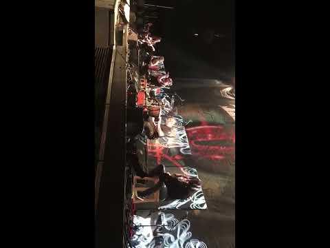 KoЯn - Alone I Break (accoustic) full song live Zürich 11.03.2017 Samsung Halle