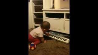 A jak ona gra na organkach :)