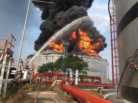 Butcher Island Oil terminal big fire in diesel  tank (Jawahar Dweep) Mumbai
