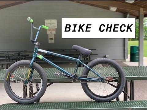 JOHN FINALLY GOT A NEW BMX BIKE!