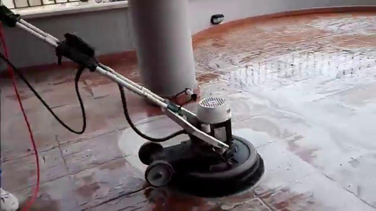 Pulizie appartamenti roma lavaggio pavimenti esterni con