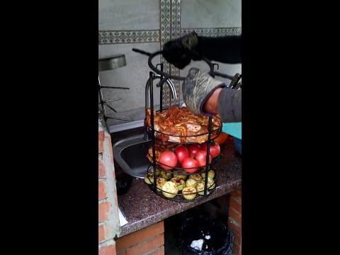 Как мы готовили мясо и овощи в тандыре.часть 2.mp4