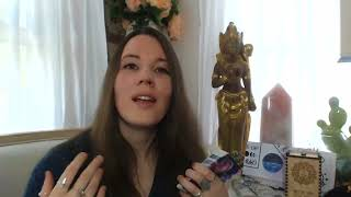 How to Read the Crystal Moon Mystic Oracle Cards