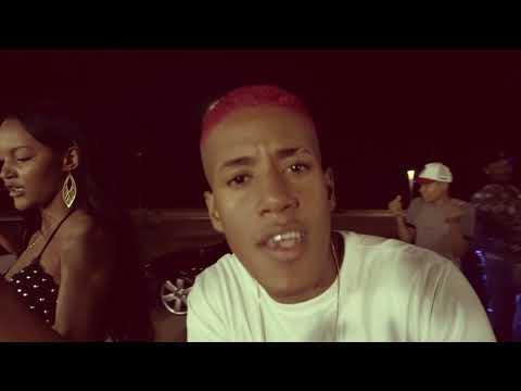 KAMASUTRA - ELA É BANDIDA - (CLIPE OFICIAL)