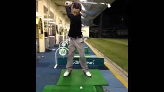 ムーディ勝山がゴルフ練習!?かなり上手い!お手本と言えるスイングです...