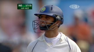 Rahul Dravid Waves His Bat After Scoring 1 Run from 40 Balls | Crowd Cheers And Applauds