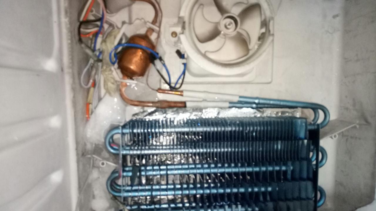 Cara perbaikan kulkas 2 pintu youtube cara perbaikan kulkas 2 pintu cheapraybanclubmaster Images