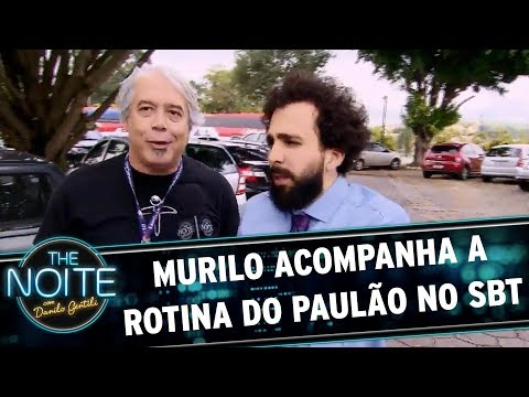 Murilo mostra a rotina do vocalista Paulão no SBT | The Noite (17/11/17)