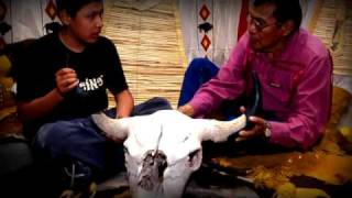 Head-Smashed-In Buffalo Jump World Heritage Site - a 2 minute history - HSIBJpromo2010HQ.mov