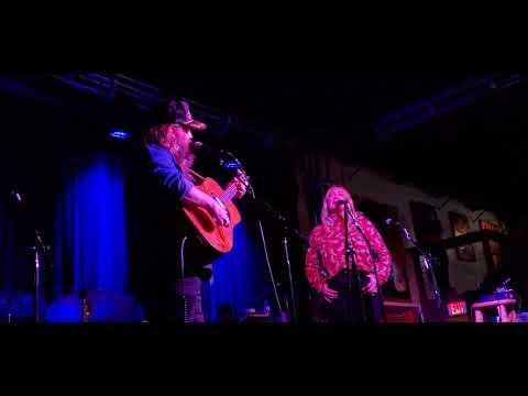 Chris Stapleton and Morgane Stapleton - Starting Over (2/26/2020) Nashville, TN