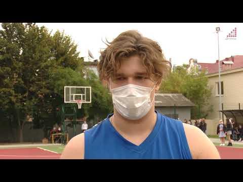 Телеканал «Дитинець»: Будівництво баскетбольного майданчика на території школи №1 завершено