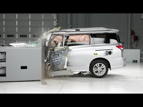 2014 Nissan Quest driver-side small overlap IIHS crash test