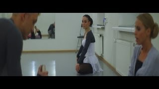 Смотреть клип Вика Дайнеко & T-Killah - Мира Мало